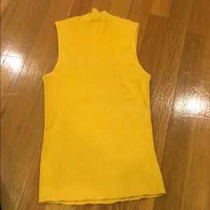 Yellow ribbed sleeveless turtleneck top size small